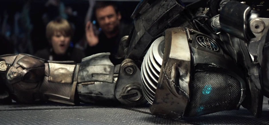Atom the boxer robot from Real Steel